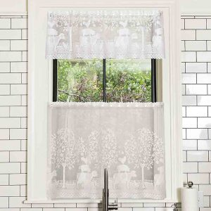 Farm House Valance and Tier