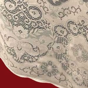 Derby Lace Tablecloth Closeup of Design