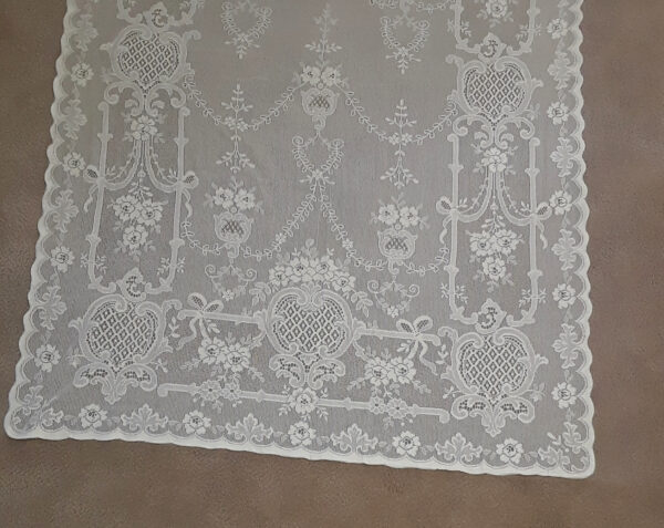 Highland Rose Lace Curtain Detail